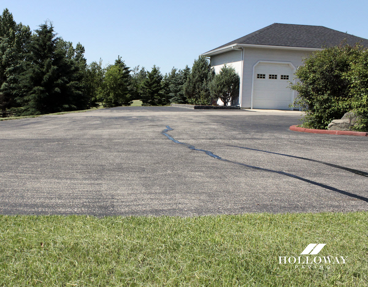 5 Reasons Your Asphalt Pavement is Cracking